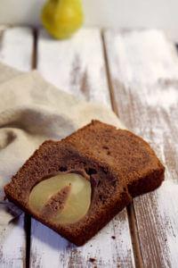 Nuss-Nougat Kuchen mit Birne
