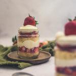 Erdbeer-Trifle im Glas