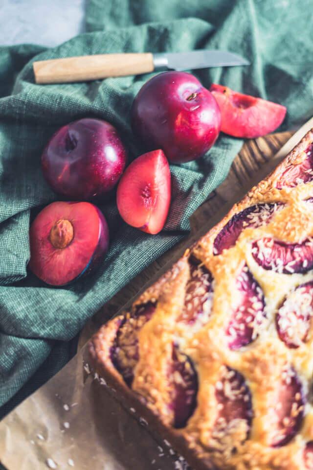 Schneller Kokos-Pflaumen-Kuchen